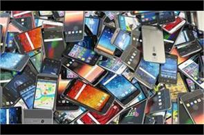india s smartphone market grows 17 idc