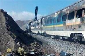 over 20 people injured as trains collide in iran