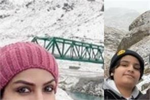 raveena tandon is enjoying her family time in the snowy