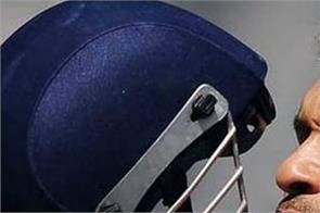 sachin tendulkar  international cricket council  batsman  helmet  mandatory