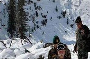 army post hit by avalanche in jammu and kashmir
