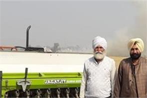 paddy straw fields wow example farmer baljinder singh