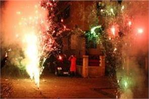 ngt issues notice to ban fire crackers
