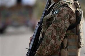 pakistani army killed by afghan terrorists shot