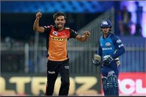 behind zaheer khan left by sandeep  made this big record