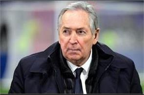 former liverpool coach hollier dies