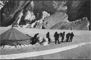 chinese soldiers suffering from cold in eastern ladakh