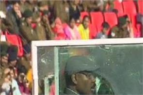 republic day jammu and kashmir tricolor deputy governor girish chandra murmu