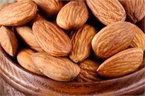eat almonds daily