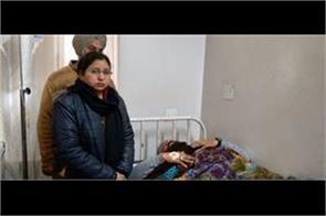 china door injured police employee in samrala