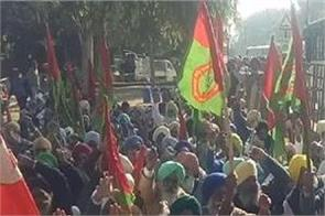 bathinda bharti kisan union krantikari punjab dc office dharna
