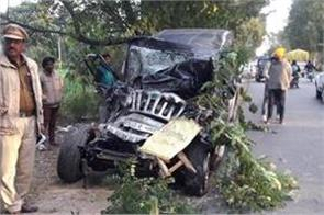 road accident in one killed  8 injured