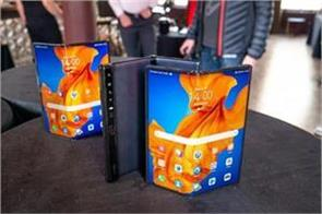 huawei mate xs launches foldable phone