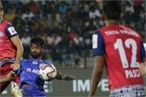 mumbai city defeated jamshedpur fc 2 1