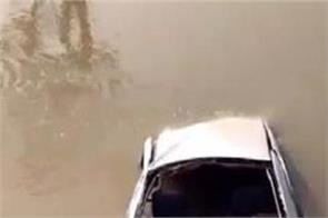uttar pradesh canal car family 5 dead