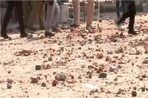 caa violence delhi police head constable death