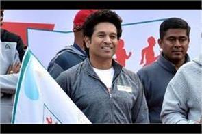 sachin tendulkar to show new delhi marathon