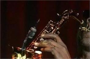 afro jazz legend manu dibango died due to coronavirus