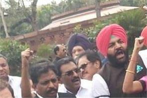 opposition uproar in lok sabha on delhi violence