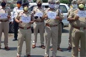 jalandhar traffic police salute harjeet singh