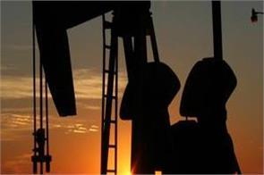 crude oil spoils market mood sinks rs 4 lakh crore