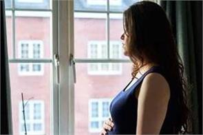corona  pregnant women leaving new york