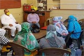 anganwadi workers meet mla baldev regarding their demands