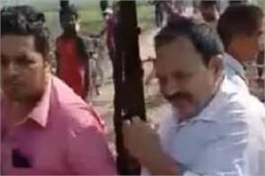 up sp leader murder with his son in firing