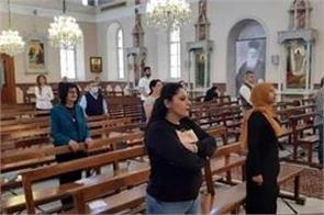 churches in lebanon welcome worshippers again