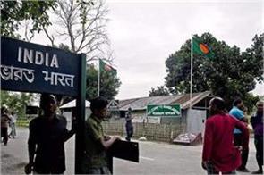 india evacuates around 200 citizens from bangladesh through land route