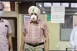 prem mittal donates 2 sanitizer machines to dc office