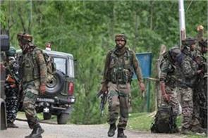 avantipura police arrested 4 jaish associates