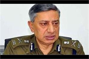 dgp sp vaid said  arms and training should be given to hindus of the valley
