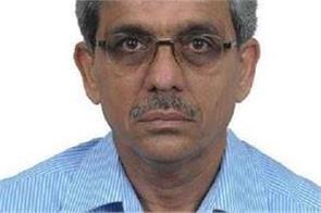 chief minister  chief principal secretary resigns