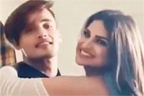 himanshi khurana and asim riaz romantic video viral