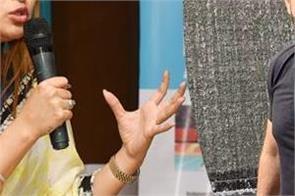 badminton star jwala gutta comes in favor of irfan pathan