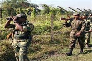pakistan  s heavy firing on loc for the second consecutive day