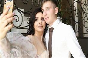 russia social media star divorces her husband and marries her 20 year old son