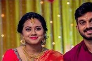 team india  cricketer vijay shankar  vaishali visweswaran  engagement  pictures