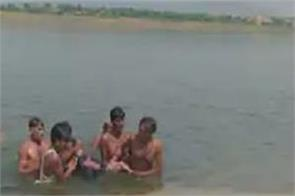 rajasthan chambal river 50 people boat 12 bodies recovered