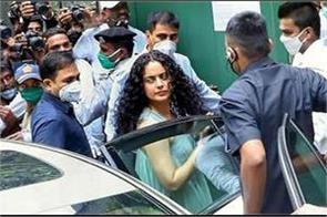 kangana is a 100 crore woman  so everyone will speak for her