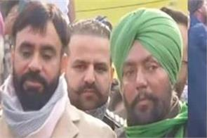 punjabi singer babbu mann reached singhu border on lohri