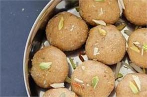 lohri special aate ki pinni recipe