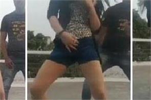 hasin jahan hi garmi geet strong dance mohammad shami
