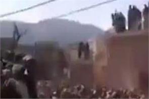pakistan  maulvi arrested for vandalizing hindu temple