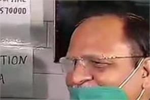 delhi satyendar jain covid 19 vaccine free