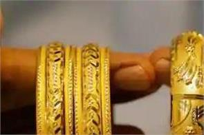 gold rises by rs 389 and silver by rs 1 137