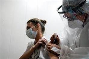 health worker died in gurgaon  was vaccinated last week