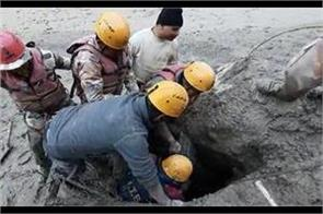 reaching the tunnel by rope  itbp personnel rescued 12 workers