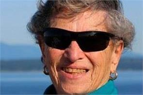 usa 90 year old woman